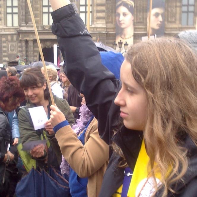 Emilie lors d'une manifestation anti-corrida