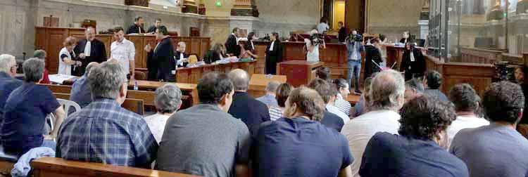 Salle d'audience au tribunal de Pau