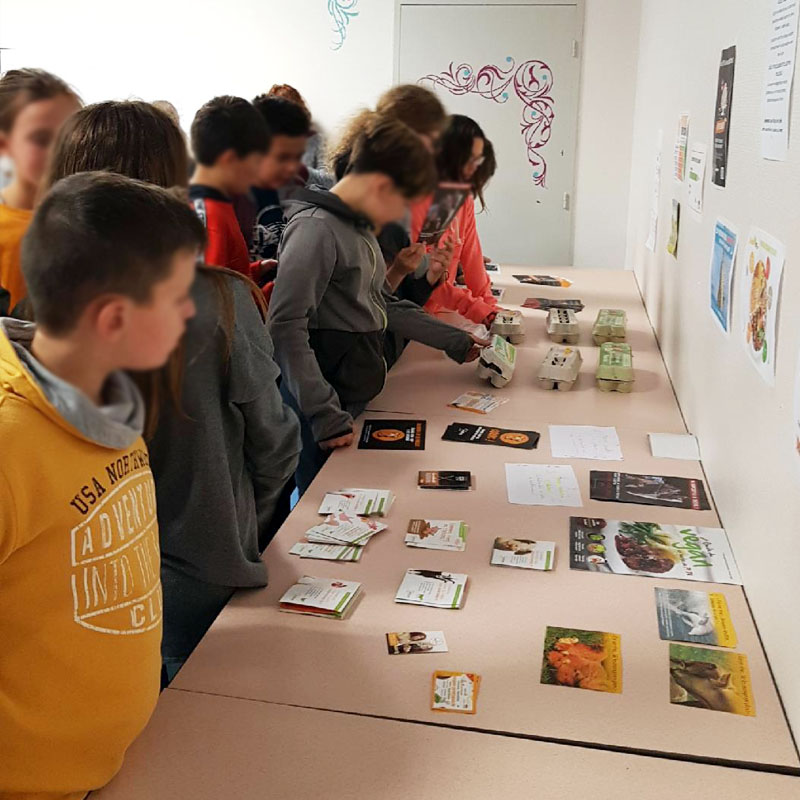 « Les professeurs amenaient leurs classes pour visiter l'exposition »