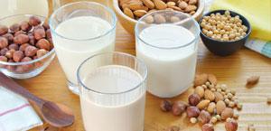Verres de laits végétaux